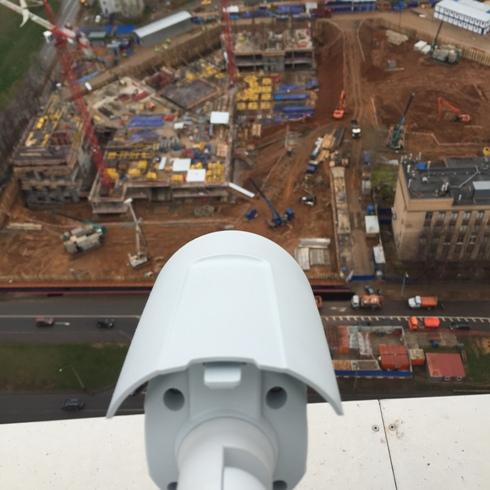 Сетевая камера высокого разрешения Axis P1428