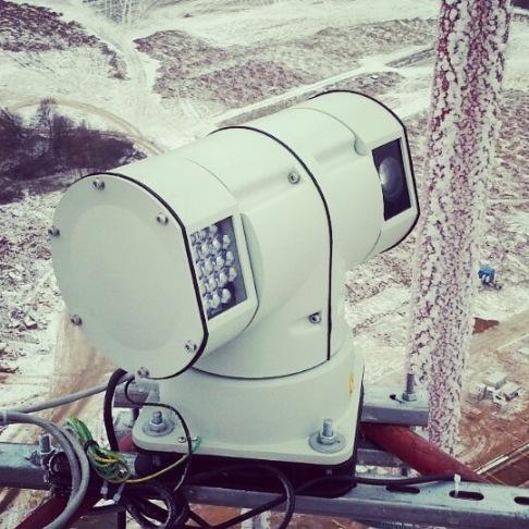 Поворотная камера с ИК прожектором