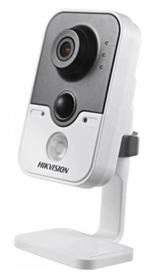 Сетевая камера Hikvision с Wifi и картой памяти